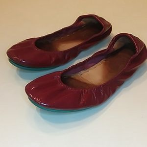 Tieks size 7 ruby red patent ballet flats shoes